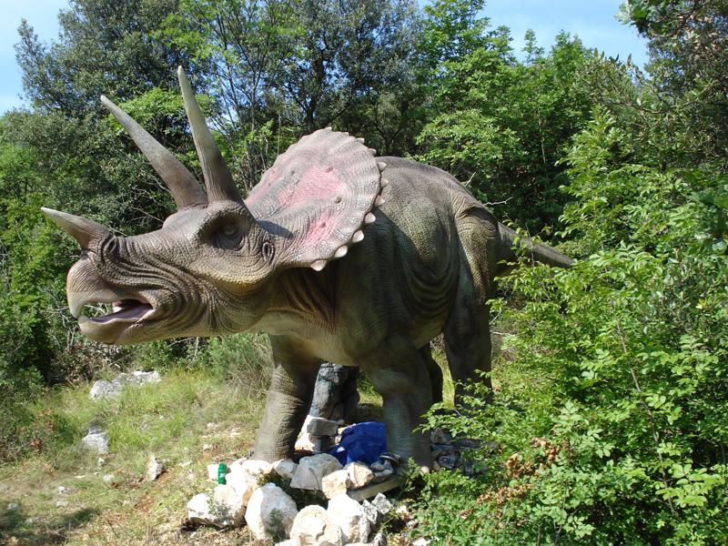 【動く・叫ぶ】トリケラトプス