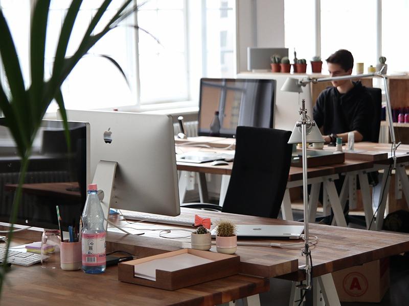 「アフターコロナ」のオフィスに最適 遮音家具でwebミーティングも快適に